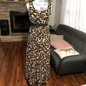 Forever 21 Leopard Print Maxi Dress